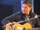 Jensen Ackles @ JIB sings