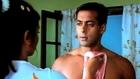 Salman Khan Fixes Rani Mukherjee's Kitchen Tap with his Shirt (Kahin Pyaar Na Ho jaye)